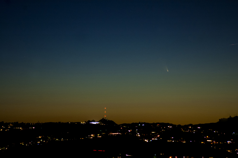 PANSTARRS Comet from Griffith Park, Los Angeles