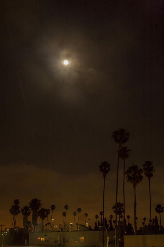 Super Moon, Hollywood Blvd, Los Angeles